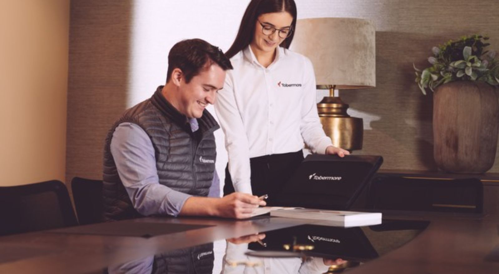 Customer Sales Advisor